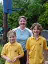 emily, julieanne and felix. 2005-12-13, Sony Cybershot DSC-F717.