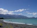 rocky beach in kaikoura. 2006-01-02, Sony Cybershot DSC-F717.