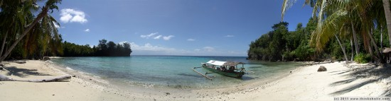 panorama: a picture from paradise. malenge indah cottages, pulau malenge, togian islands.
