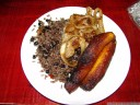lunch: gallo pinto (rice and beans), fried bananas and meat w/ onions. it tasted a lot better than it looks.. 2011-02-07 03:35:25, DSC-F828.