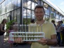 benedikt serves sweet drinks with chlorella algae