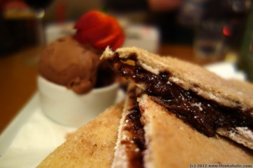 chocolate marshmallow pizza with chocolate gelato at embers, richmond nsw