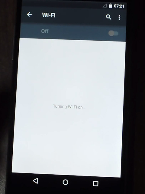 "how i fixed the problem of a nexus 5 being stuck in ""turning on wifi"" [solution]"